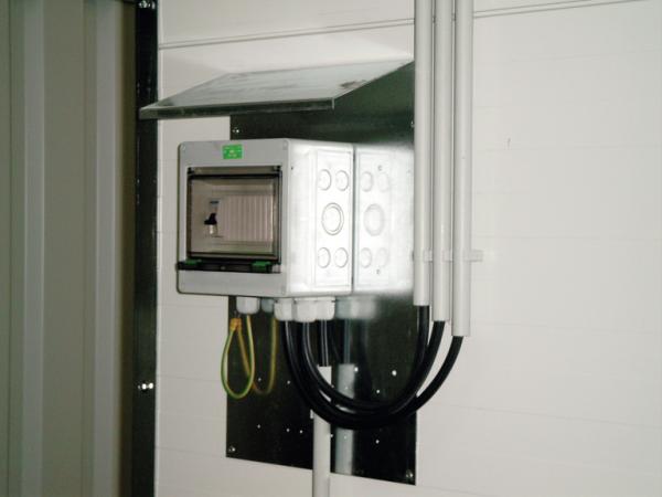 SI-Kasten IP 54 mit Automaten